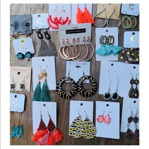 🛍bundle deal🛍new 20 + fashion earrings lot